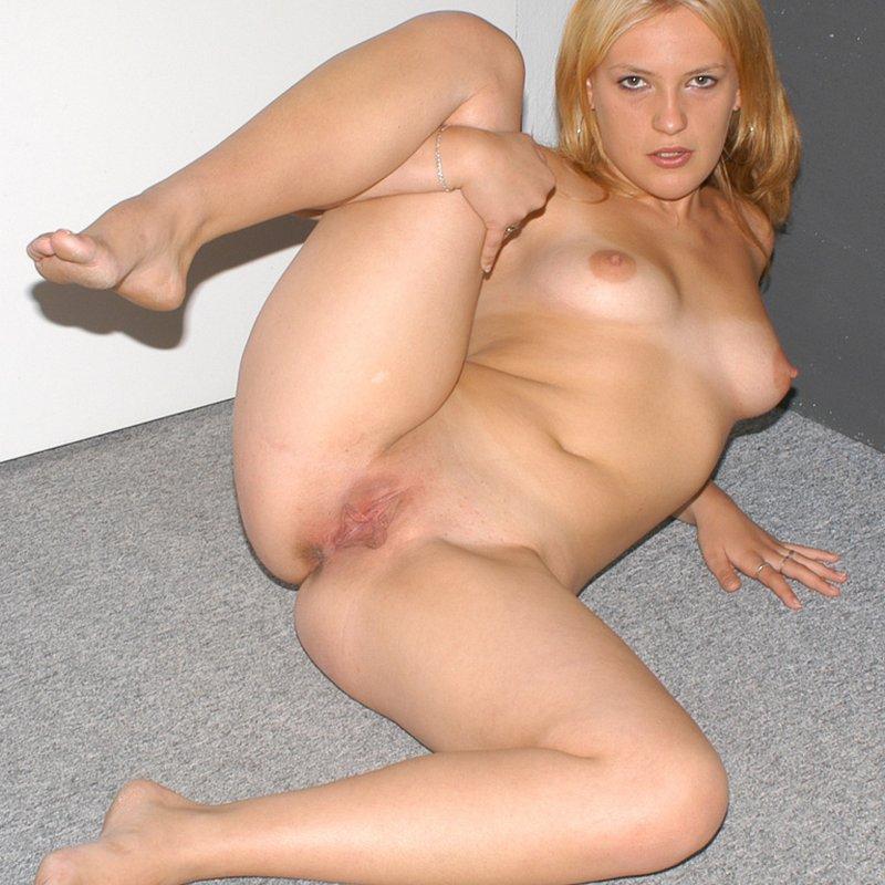 Amateur live sex coquine Kathryn Guyancourt